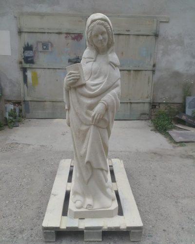 kamnná socha ženy
